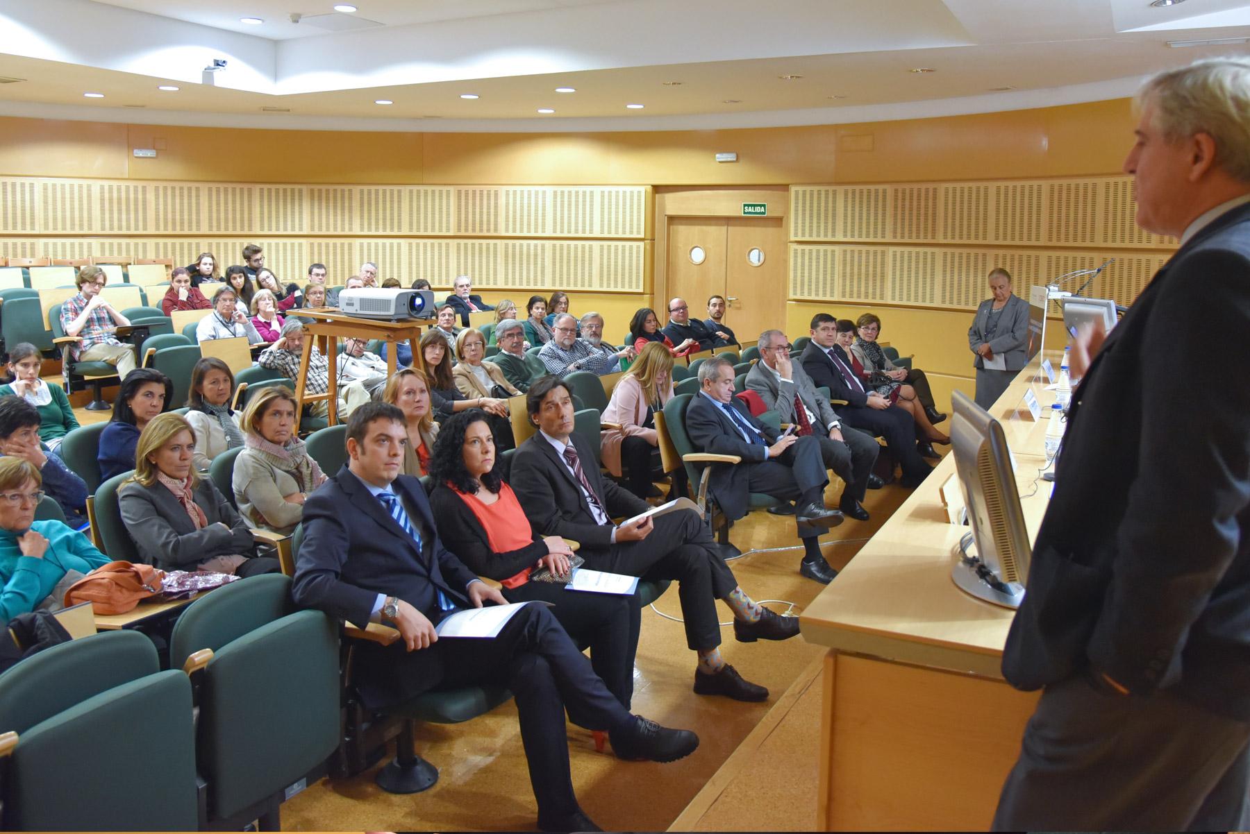 X Premio Francisco Cobos. López Barneo en su Conferencia