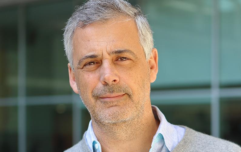 Profesor Don Luis Serrano Pubull, XII Premio Fundación Francisco Cobos